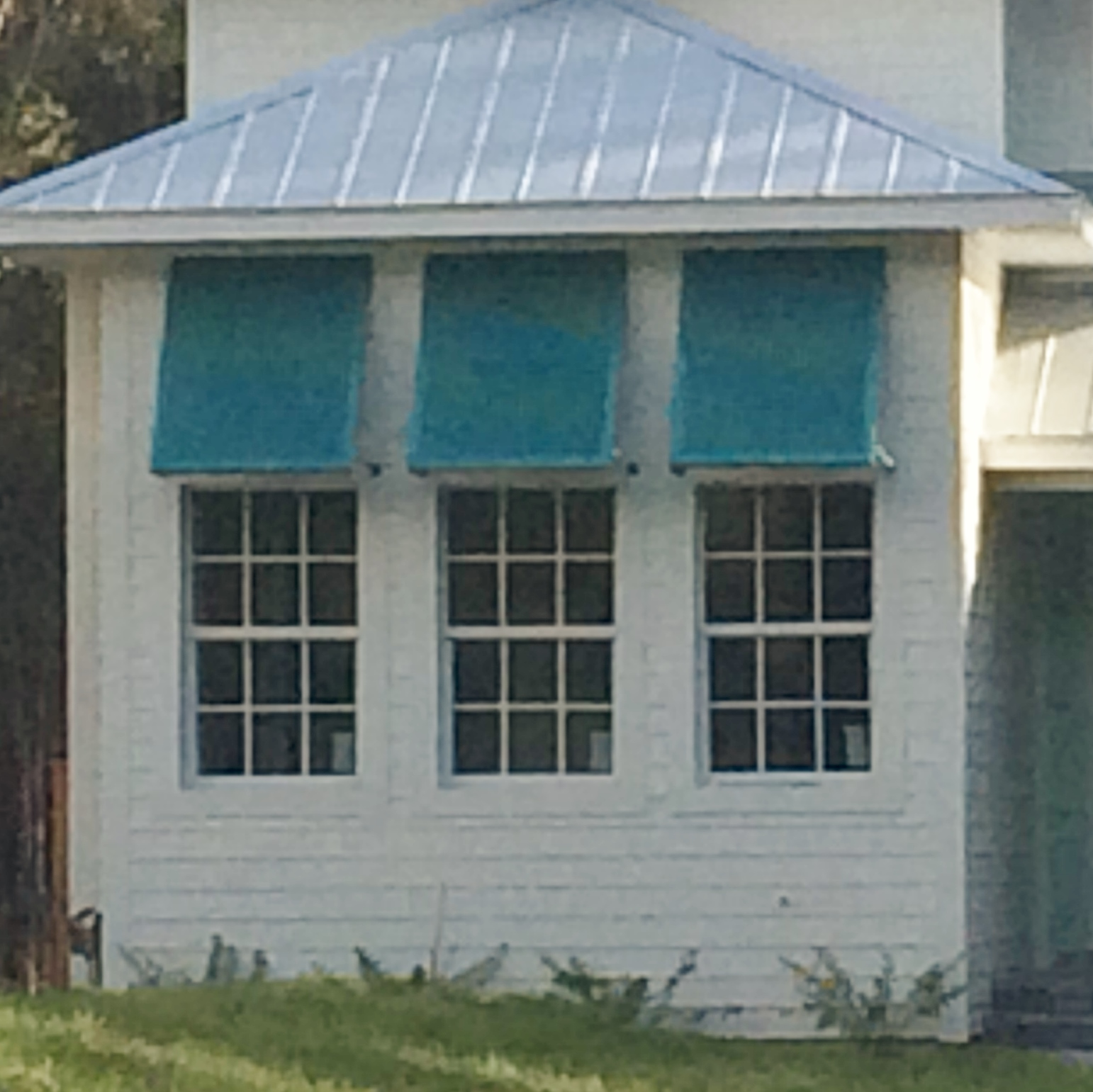 The Ultimate Guide To Bahama Shutters